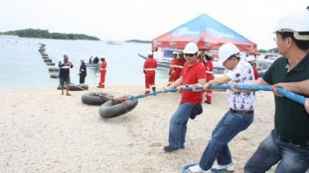 Globe Telecom Lays Submarine Cable to Boracay