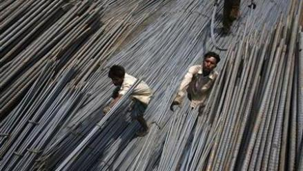 India's Steel Output Rises in August Amid Global Slump